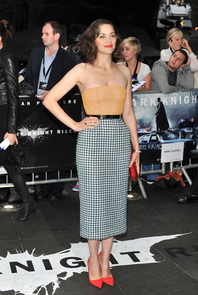 Marion Cotillard wears Christian Dior Haute Couture to the London premiere of 'The Dark Knight Rises'