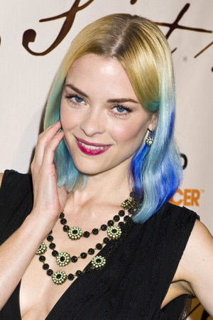 Jaime King with multicolored blue hair