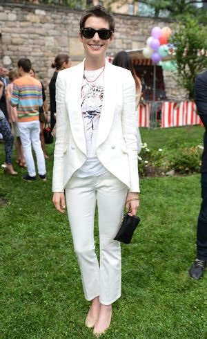 Anne Hathaway Stella McCartney Resort 2013 Presentation New York City June 2012